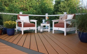 Trex Enhance Decking and a peaceful place to read.